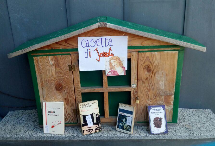 Raccolta libri già letti: donate i vostri libri per un progetto bello e solidale, in occasione della festa di San Jordi!