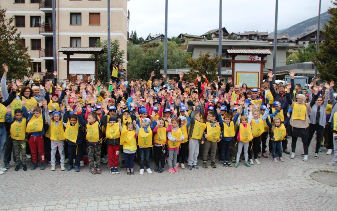 20/09/2019 – Oulx: elementari, medie e superiori unite per pulire il mondo –
