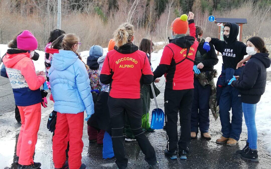 Incontri educativi per le scuole medie di Oulx e Bardonecchia in collaborazione con i volontari del Soccorso Alpino